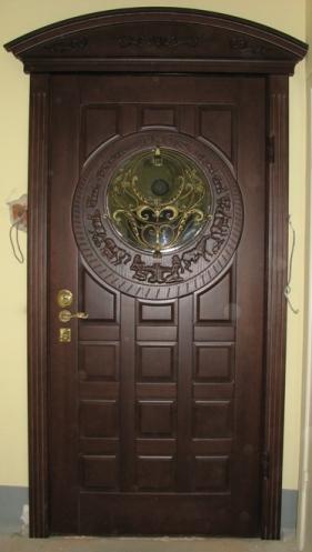 входные двери со стеклом по индивидуальному заказу