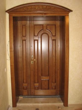 двери входные полуторные наружные общественных зданиях
